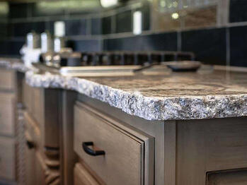 Countertop with a chiselled edge.