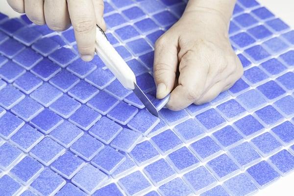 cutting-tiles