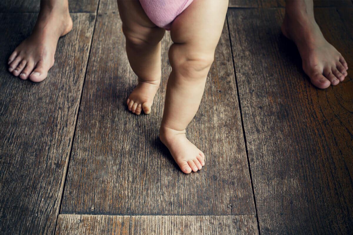 child-wood-floor