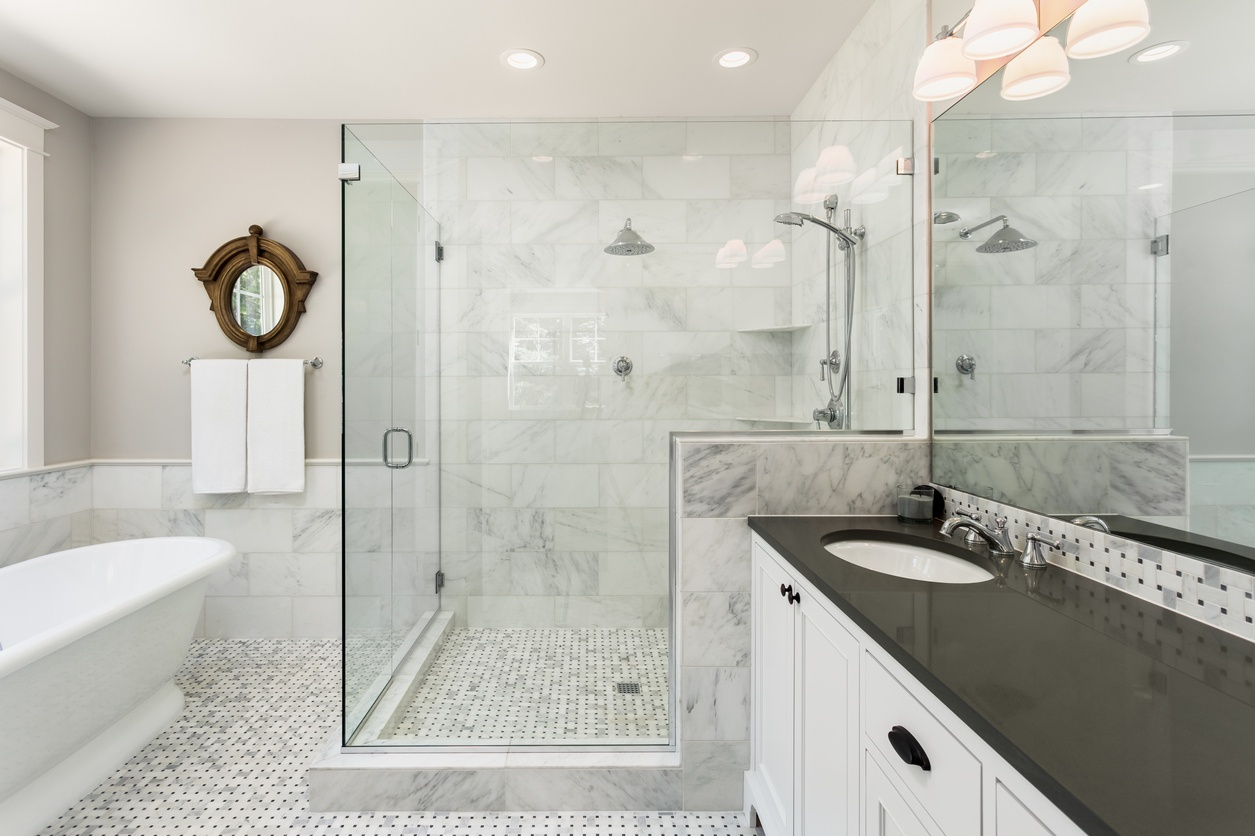 6 Types of Shower Doors