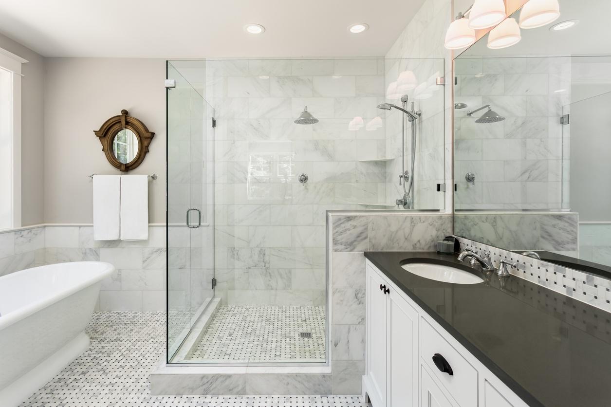 6 Types of Shower Doors